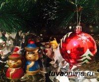 В Туве собирают новогодние подарки для детей из Донецка и Луганска