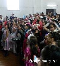 Более 300 сутхольских детей побывали на Новогодней елке депутата Государственной Думы Ларисы Шойгу