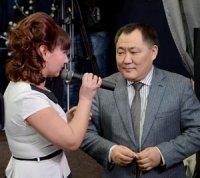 Глава Тувы взял интервью у ветеранов журналистики