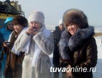 Подарком к Шагаа стал приезд в Туву прославленного коллектива из Алтая