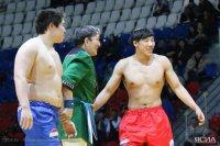 Байыр Ондар стал чемпионом по якутской борьбе хапсагай