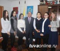Юнкоры КЦО «Аныяк» взяли интервью у министра образования