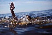 Кызыл: Сотрудники ГИБДД, рискуя жизнью, спасли ночью тонувшего мужчину