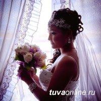 """Голосуйте за """"Бриллиантовую невесту Тувы"""" Анай-Хаак Донгак!"""