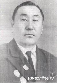 Мемориальная доска памяти одного из первых летчиков Тувы Ховалыга Хопуя будет установлена на доме в Кызыле