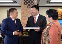 Губернатор Завханского аймака Монголии прибыл в Кызыл, чтобы вместе с россиянами отметить День Победы