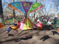 Мэрия Кызыла жестко регулирует тарифы на услуги в популярном детском городке на Молодежном сквере
