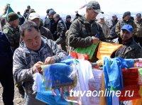 Глава Тувы предложил узаконить сакральные места и традиции народа