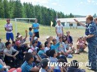 Полицейские Тувы в детских лагерях отдыха проводят разъяснительную работу