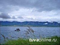 В Туве инспекторы ГИМС спасли рыбака