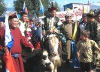 Депутаты горхурала Наталья Ондар и Дмитрий Донгак поедут на Наадым в составе делегации Кызыла