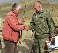 Тува: Сергей Бабкин - победитель соревнований по сверхточной стрельбе