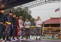 Смешанные единоборства. В матче-реванше Айдамир Монгуш и Казбек Гогичаев победил тувинский спортсмен