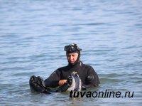 В озере Кара-Холь Бай-Тайгинского кожууна Тувы продолжаются поисковые работы