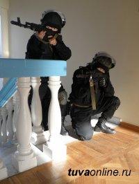 Школы поселка Каа-Хем (Тува) проверены на антитеррористическую защищенность