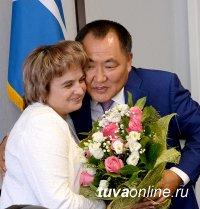 Елена Хардикова назначена замминистра образования Тувы, инспектором по русскому языку
