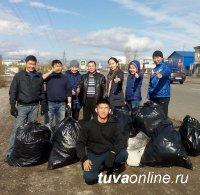 До наступления снежного покрова в Кызыле проводятся общегородские субботники