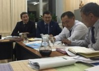 Глава Тувы оставит в приоритете строительство дорог и мостов в следующем году