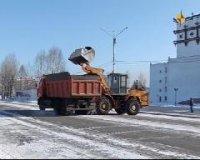 В Кызыле снегопад. Снегоуборочная техника работает с 4 часов утра