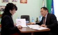 Глава Тувы принял участие в Едином дне приёма граждан