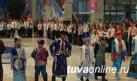 На Кремлевской ёлке в Москве побывают 17 детей из Тувы
