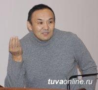 В дни новогодних каникул в Кызыле прошла встреча министра здравоохранения со студентами-медиками