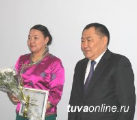 В Туве в 2015 году 9 ученых защитили кандидатские диссертации, один - докторскую