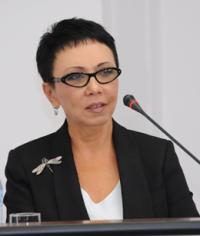 Депутат Лариса Шойгу обсудила с министром образования и науки Тувы Татьяной Санчаа новую систему оплаты труда учителей