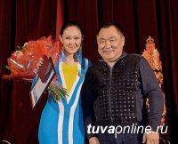 Одна из самых ярких певиц Тувы Сайлык Оммун удостоена звания «Заслуженный артист Республики Тыва»