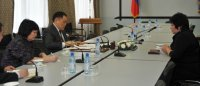 Премьер Шолбан Кара-оол попросил компанию «Лунсин» соблюдать трудовые права сотрудников