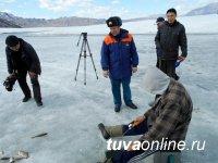 Рыбачить на льду Саяно-Шушенского водохранилища небезопасно