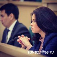 Сенатор Оксана Белоконь поздравила коллег с Днем российского парламентаризма