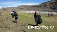 В Кызыле предприятия, объединения жильцов, общественные и даже религиозные организации выходят на субботники