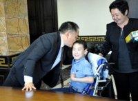 Шолбан Кара-оол провел личный прием граждан по проблемным вопросам детей-инвалидов