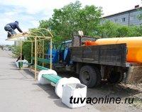 В Кызыле ремонтируют остановочные павильоны