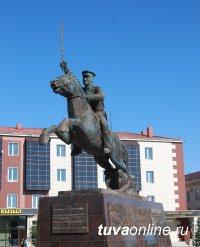 В центре Кызыла сегодня откроется новый памятник – добровольцам из Тувинской Народной Республики