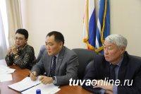 Шолбан Кара-оол, Лариса Шойгу и Мерген Ооржак встретились с депутатами и партийным активом