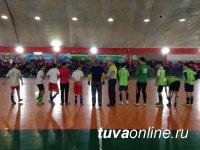 В Кызыле городские школьники проводят встречи со сверстниками из сельских школ