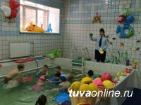 В Туве для дошкольников впервые проведена эстафета на воде по правилам дорожного движения