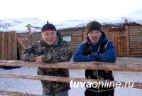 На чабанской стоянке участников проекта «Кыштаг» в Улуг-Хемском районе к приезду Главы Тувы появился первый ягненок