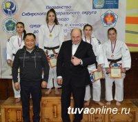 В Туве успешно прошел Чемпионат Сибирского федерального округа по дзюдо среди юниоров и юниорок до 23 лет