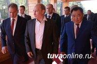 Владимир Путин и Дмитрий Медведев поздравили Главу Тувы и жителей республики с Днем защитника Отечества