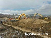 Дорожниками продолжается ликвидация весеннего паводка  в пгт Каа-Хем Кызылского кожууна РТ