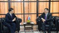 Глава Тувы Шолбан Кара-оол и посол Китая в России Ли Хуэй обсудили вопросы сотрудничества