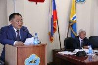 Глава Тувы обозначил перед парламентариями успехи и изъяны работы органов власти