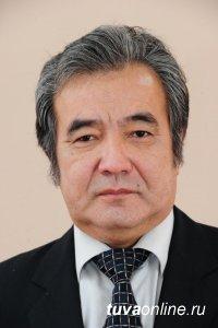 В составе Общественной палаты России 6-го созыва приступил к работе известный тувинский журналист Роман Тас-оол