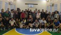 Тувинское землячество Москвы поблагодарило Главу Тувы за заботу о студентах
