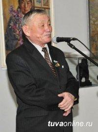 Дондук Дойбухаа стал первым в истории Тувы Народным художником России