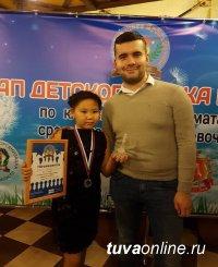 На международном шахматном турнире в Брянске Оюн Саюди отмечена за самую красивую партию
