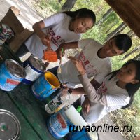 В Туве становятся доброй традицией акции по благоустройству территории, которые организовывают неравнодушные люди разных возрастов